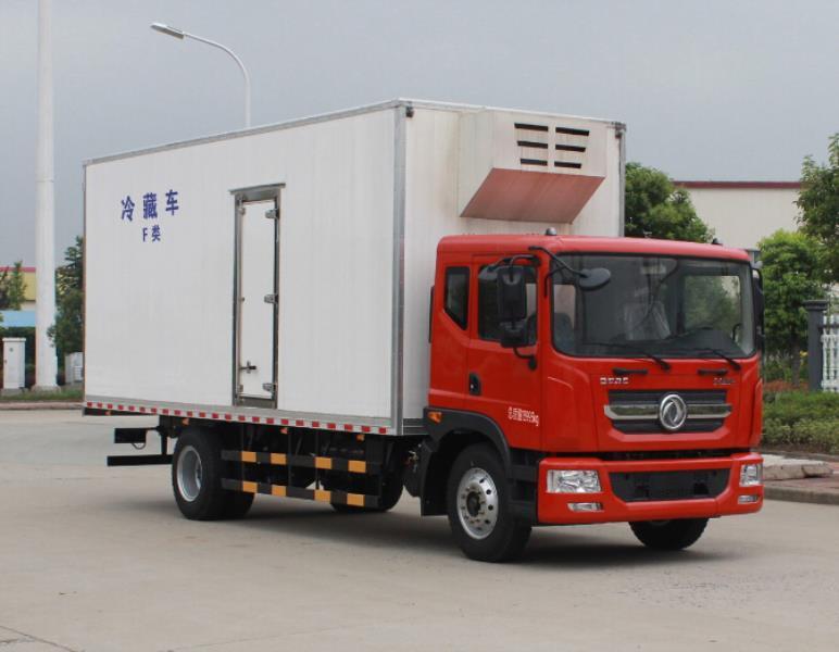 东风多利卡D9冷藏车(7.6米)